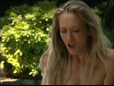 Oral Explicit vid: No Inhibitation - Alana Evans