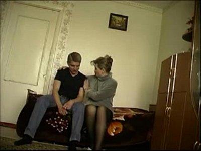 Русские мамки порно чужие131