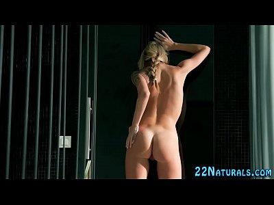 European babe rubs pussy