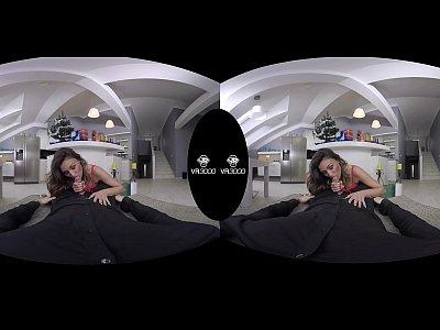Xmas Santa xxx: 3000girls.com Ultra 4K VR Happy Holidays Santas lil' helper ft. Rosaline