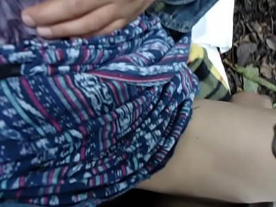 Mirando Bajo Las Faldas Chica indigena de guatemala haciendo el amor en la montana parte 2