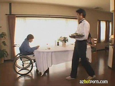 エロい巨乳人妻は、欲求不満で、堂々と自宅で不倫を・・・byerojpxyz