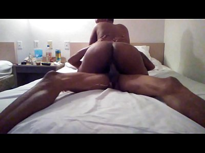 hot sexy babe ass crack bent over