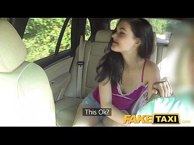 obrovsky penis fake taxi