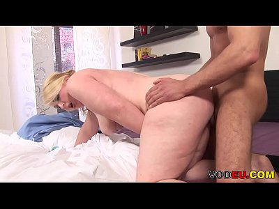 Blonde Blowjob Chubby video: German BBW Gefickt und ins Gesicht