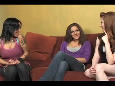 lesbian seduces other women videos
