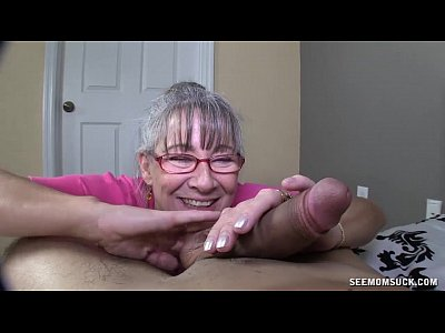 hot naked grama sucking dick