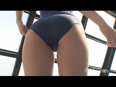Bikini Cosplay Fingering video: Fingering Tight Asian at Pool