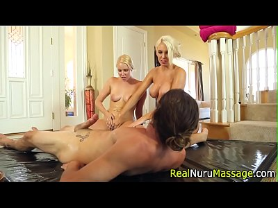 Massage Fetish Blowjob video: Wam masseuse sucking dick