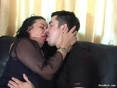 Fucking Gilf Grandma video: Fat Granny Loves Anal