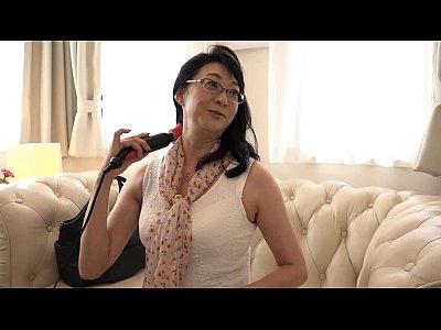 熟女をナンパしまくって電マで責めてセックスまでいく!