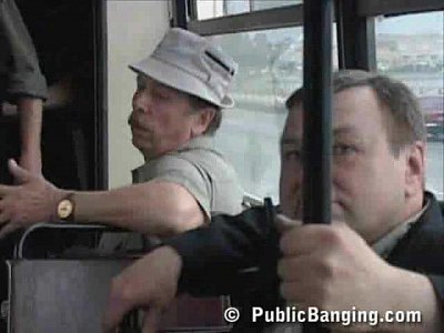 xvideos bus