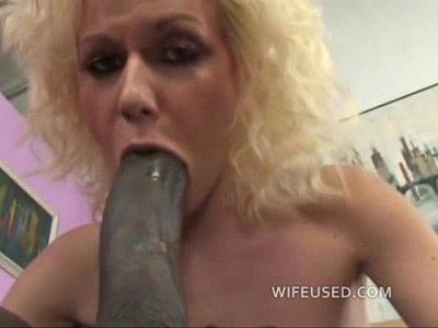 One dick in the mouth, one cock in the pussy - Free Porn