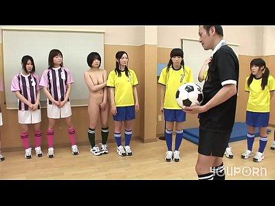 女子裸體排球,練不好的都被教練強姦了..