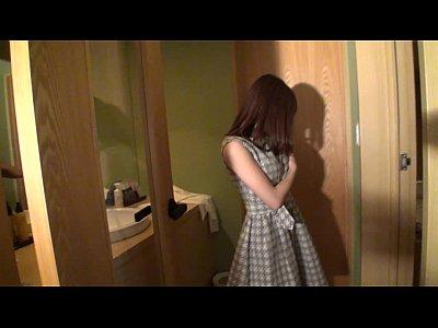 【レズ】透明感抜群の美少女鈴村あいり氏が暮し初の本格レズレジャーに挑むまで。