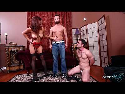 Bigcock Cuckold Cumshot video: Mia Fucks A Bigger Cock In Front Of Her Husband