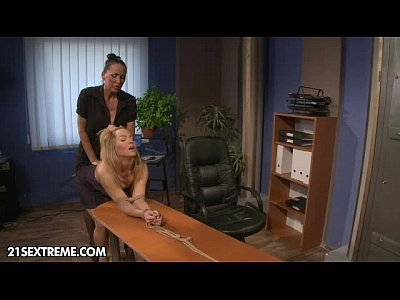 Strapon Blonde movie: Office Slut