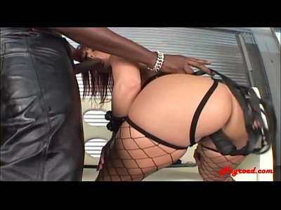 Black Bubble Butt video: big bubble butt slut gets monster black cock anal and dp with dildo and swallows black cum