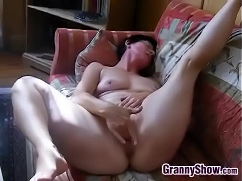 Nude pear ass shaped women tube