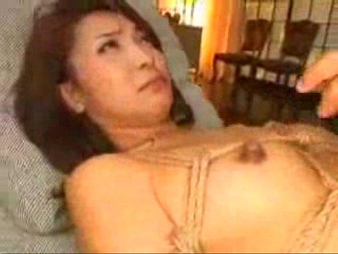 艶堂しほり 囚われ美熟女のイラマチオセックス