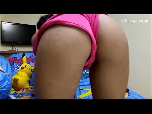 Asian Teen Camgirl asks 'What will you do when you fuck her?', strips nude