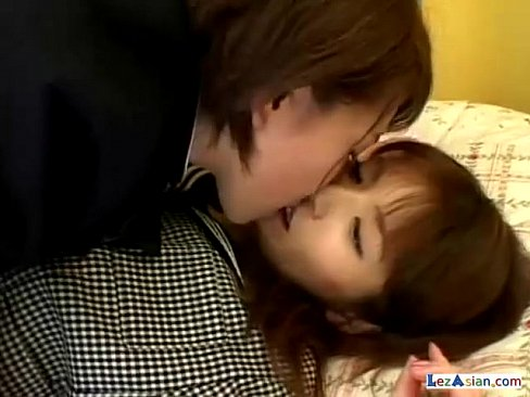 JKのレズ無料obasan動画。JK JKたちの双頭バイブレズビアンプ...