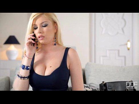Filme Porno Xxx Gratis Dat Limbi In Pizda Unei Tinere De 18 Ani