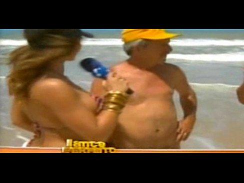 Mulher Samambaia Nua Praia De Nudismo