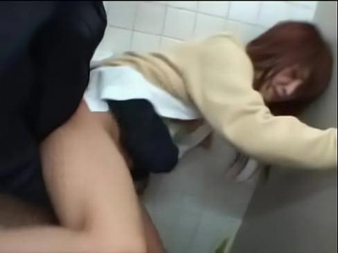 トイレに身を潜めていた男がギャルJKを襲い顔射レイプ – レイプ動画ホーム:【ドS専門】無料で見れるエロ動画まとめ