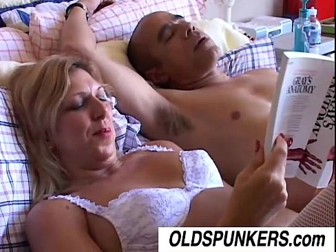 отхлестали прутом порно