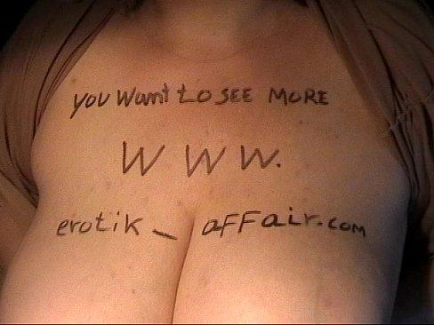 kısa saçlı yaşlı kadın erotik oral seks ve sürme hard cock