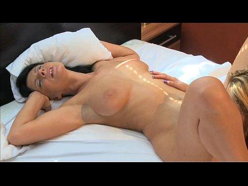mature female orgasms Climax!