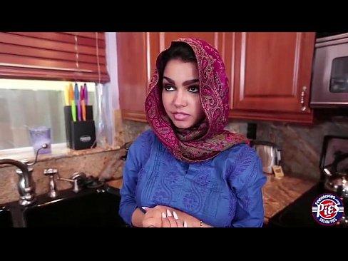 Os Serviços Que Uma Empregada Arabe Pode Te Dar