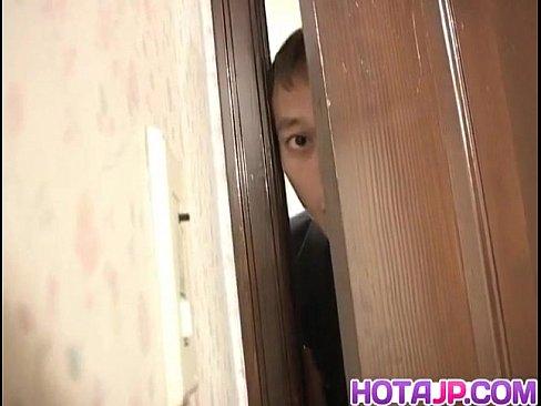 Espiando A Japinha No Banheiro