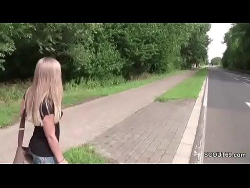 Đi nhờ xe 1 cô gái bị hiếp dâm dã man trên đường cao tốc