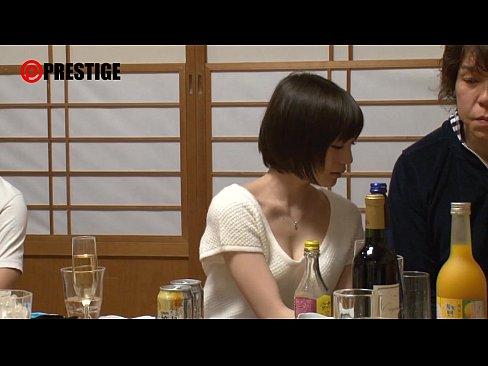 【鈴村あいり】酔っ払うと性欲に歯止めの効かなくなるかわいすぎるAV女優