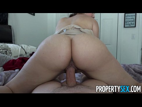 Latina fodendo em sexo amador