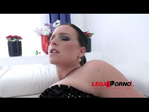 Huge butt slut Nata Lee a.k.a. Chrissy Curves 3on1 anal & DP SZ876
