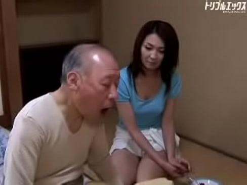 艶堂しほり 亡き夫の義父を介護する美熟女