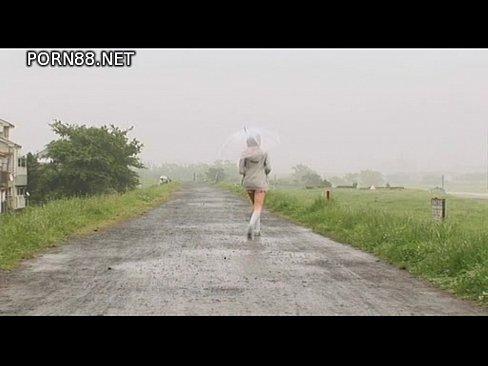 コスプレのアイドルのグラビア無料H動画。グラビアアイドルの中村静香のエロコスプレプレに萌えな清楚派なイメージビデオwかわゆい笑顔が素敵な着エロ動画