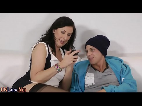 Caut Videoclipuri Porno Gratis Cu Brunete Tatoase Video