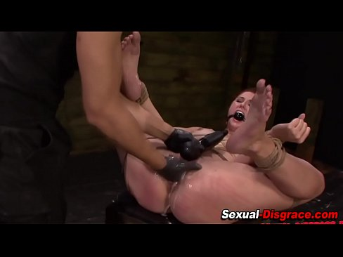 Squirt slaves humiliated Lesbian