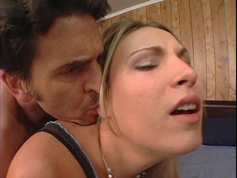 Horny moms Alyssa Jordan and Harmony Rose take anal during threesome fuck № 364707 без смс