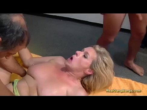 Азиатки мастурбируют себе фото 523-199