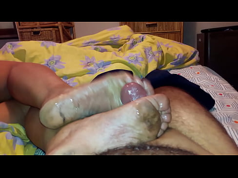 Arabic Married Mature Big Stinky Dirty Soles Cum Explosion At Oyonnax 01100