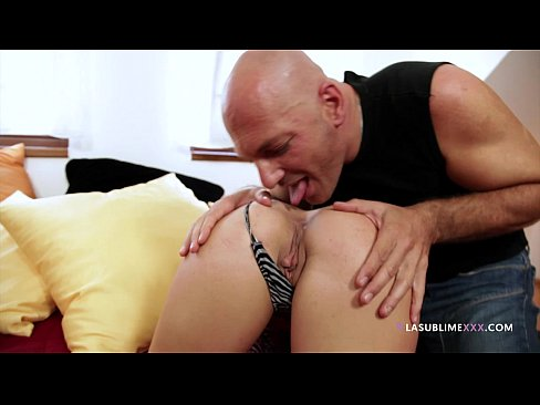 Niki Sweet take in the ass from Franco Trentalance