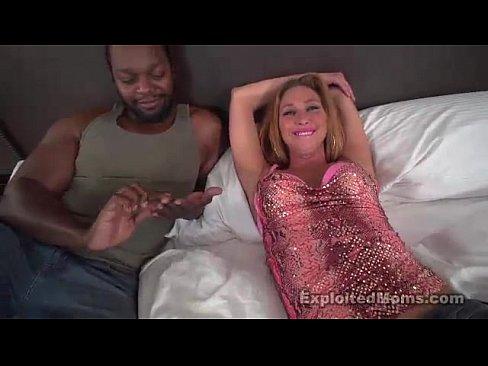 Sexo interracial com loira endemoniada
