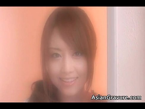 【熟女・人妻 キス】美形の素人のキスH無料動画。美形ビッチ妻が大好きな主人とイチャラブキスして濃密絡みハメハメ