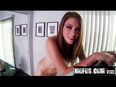 Mofos - Workout Wanking video starring Shae Snow - Porn video