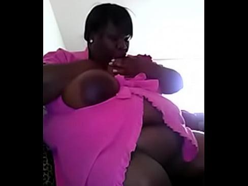 BBW rubbing her pussy on webcam